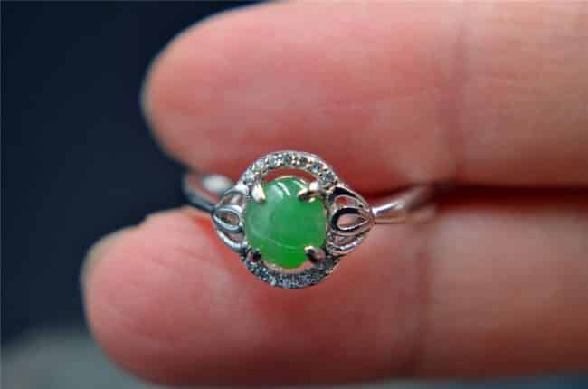 Helen Grade A Jade Gemstone 100% natural jade green ring silver 925 R005