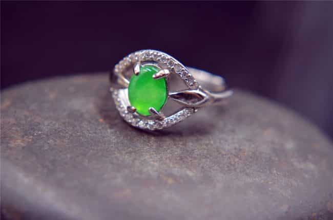 jade green silver ring