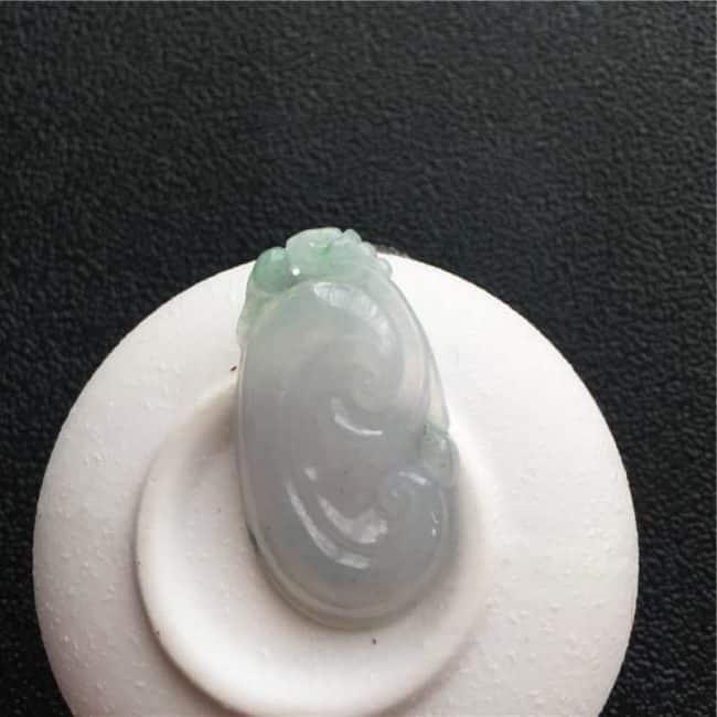 natural jade Ruyi pendant