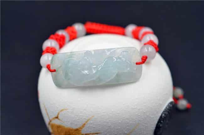 natural jade beaded bracelet