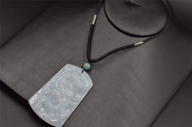 Icy jade dragon pendant necklace
