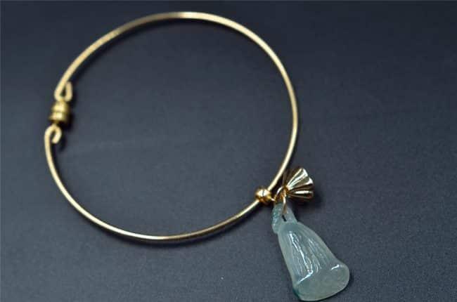 jewellery jade