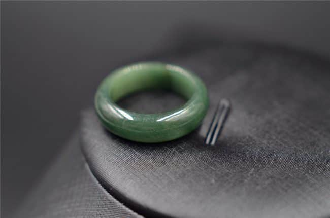 Dark green jade ring natural jadeite band R7 18mm