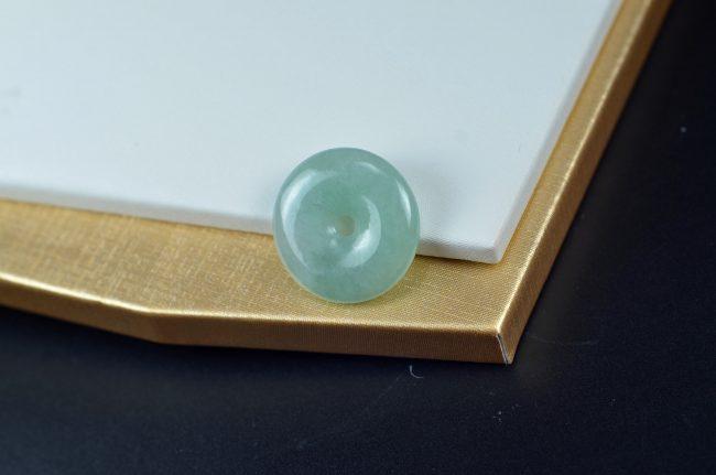 Jade safety buckle pendent green jadeite necklace 10012016