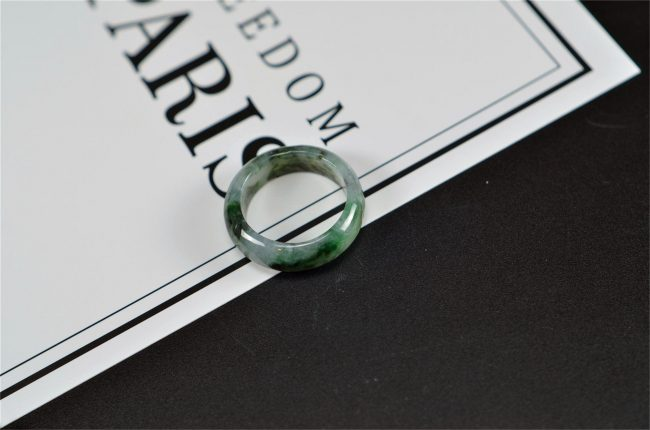 Green Translucent jade black jadeite rings stone band ring 18.1mm 27121923