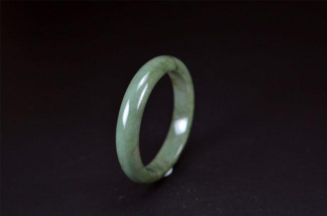 Helen Grade A Jade Natural Jadeite Gemstone Bracelet Bangle 56 mm 200520158 200520158