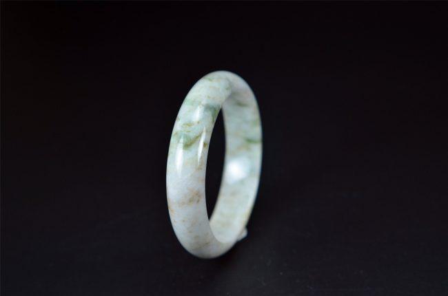 White Translucent Jade Bangle 59 mm 200520154