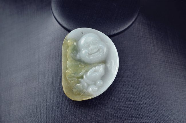 Yellow Jade Buddha pendant necklace 03072015