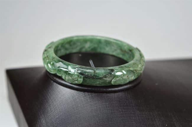 Carved Green Jadeite Old Jade Bangle with Ruyi 03072039 58mm