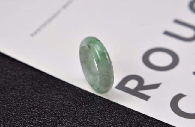 Helen Grade A Jade Jade rings stone band ring black 19 mm G7 G7